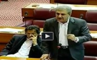 Shah Mehmood Qureshi Blasts PMLN Govt while Imran khan was smiling