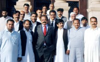 Minister-Law-with-PML-N-Faisalabad-leaders