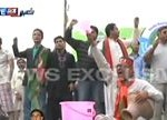 PTI stages protest against unavailability of water, at Teen Talwar Karachi